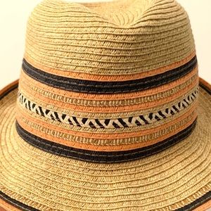 Calypso St. Barth Accessories - Beautiful sunhat by Calypso St. Barth — detailing